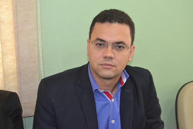 http://www.alvinhopatriota.com.br/wp-content/uploads/2017/12/marcilioferraz.jpg